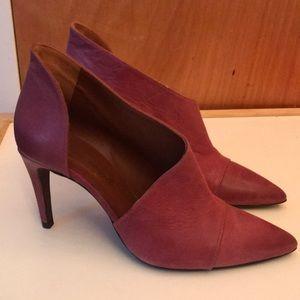 Free people size 38 heels. Leather. Pink/purple.